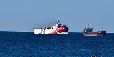 Turkey may pause operations in Eastern Mediterranean pending talks, presidential spokesman says